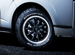 HIACE S-GL COMPLETE「TRAIL GEAR 4WD」4ナンバー 5人乗り