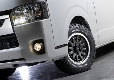 HIACE S-GL COMPLETE「WILD PACKAGE」1or4ナンバー 5人乗り