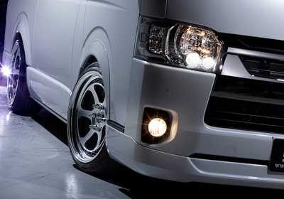 HIACE S-GL COMPLETE「STYLE PACKAGE」1ナンバー 5人乗り