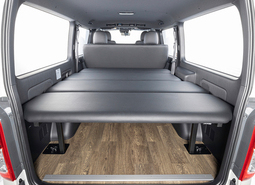 HIACE S-GL COMPLETE「FAMILY PACKAGE」1or4ナンバー 5人乗り