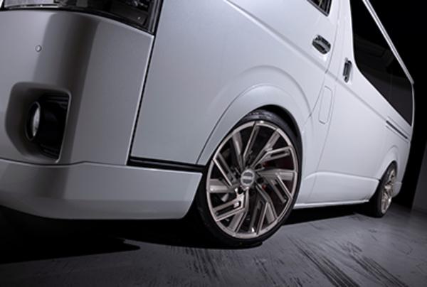【ハイエース ホイール】新作EW+タイヤセットがお買い得価格に手に入るチャンス!