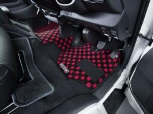 ハイエース200系 ナローDX5ドア用フロアマット  フロントセカンドセット【代引不可】