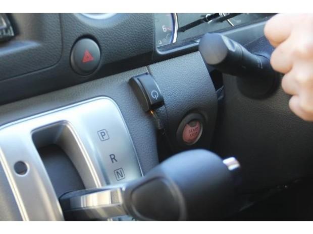 NV350キャラバン用 オートクルーズコントローラ―